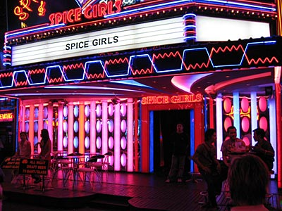Spice Girls Bar in Soi Cowboy, Bangkok